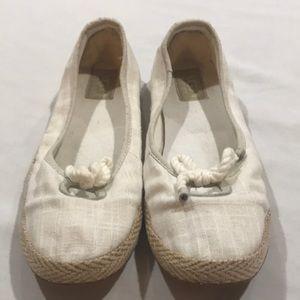 02e5569aeff2 UGG Flats & Loafers for Women | Poshmark